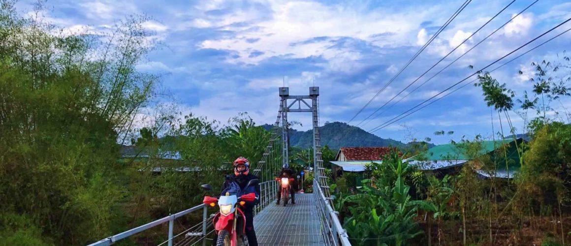 motorbike vietnam 1160x500