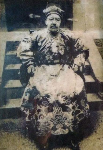 Vuong Chinh Duc- Hmong King in Ha Giang, Vietnam
