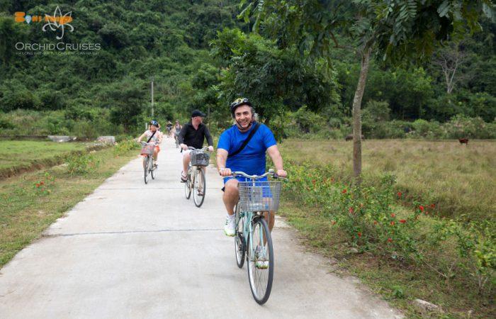 halong - lan ha bay-cycling