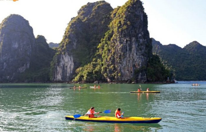 halong - lan ha bay-kayaking