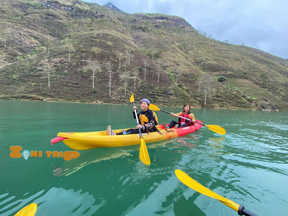 kayak at Nho que