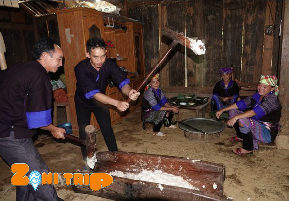 Giay cake- Tet holiday of Hmong people in Mu Cang CHai
