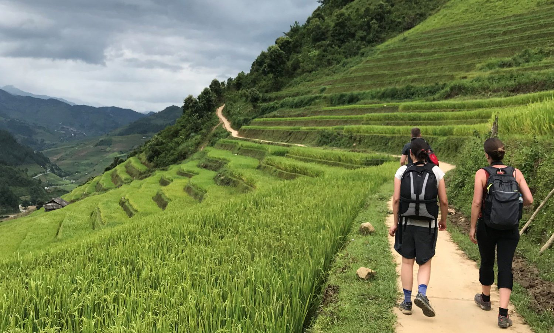 Slide Trekking Vietnam 2200x900-zonitrip