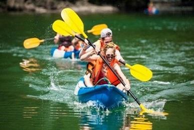 kayaking-halong-lan ha bay 387x260