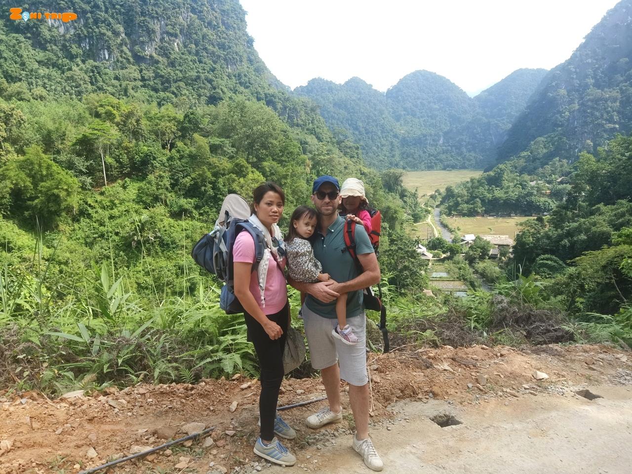 PU luong trekking family tour