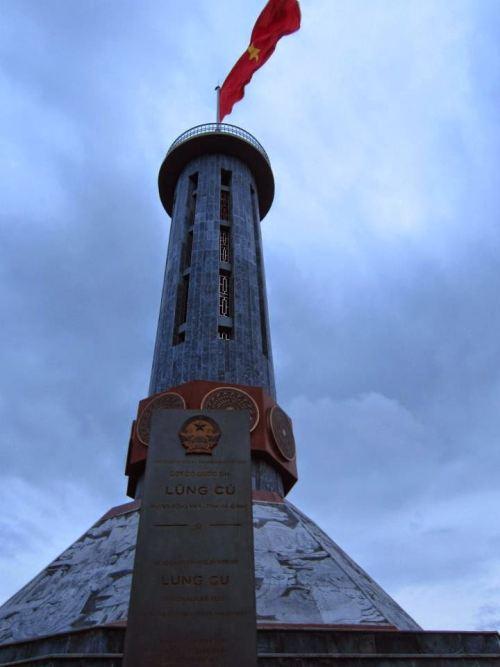 cột cờ lũng cú - ha giang
